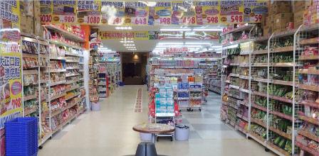 東京・歌舞伎町一番街店 6F